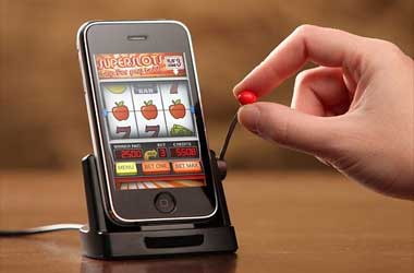 Casino games through mobile phonesThe best way to get entertained is by means of games. There are different types of games that are practiced all around the
