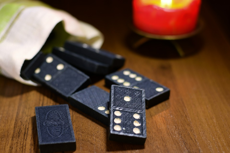 Domino Online: The New Way Of Gambling Sitting At Home