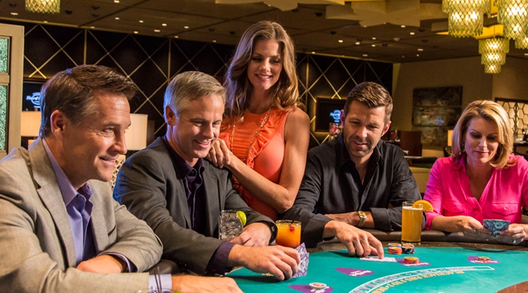 The Three Things That You Will Have If You Play In An Online Casino