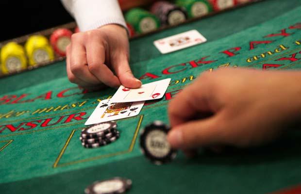 Enjoying Playing no Deposit Casino Games And Make Money